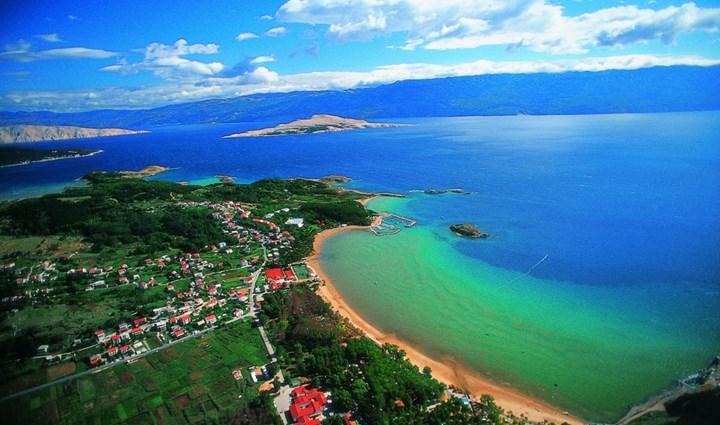 Isola di rab quarnero croazia pensione appartamenti e for Camere croazia